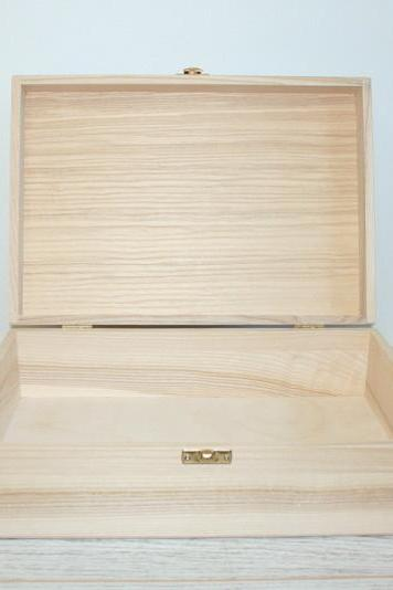 Wooden Storage and Keepsake Box 11.61 x 7.87 x 3.34 inch (ash wood)